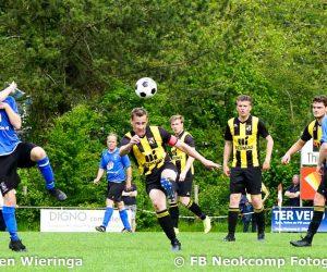 VV Peize degradeert naar 3e klasse na 4-2 verlies van Veendam 1894 (nu 2e klasse)