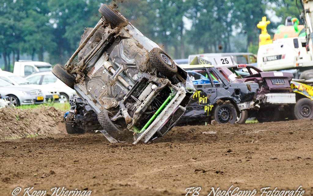 2019-08-18 Autocross Eelde;Met geweld over 't veld !!