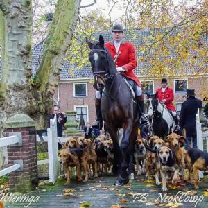 2019-11-09 Slipjacht met start en finish bij Havezate Mensinge in Roden.