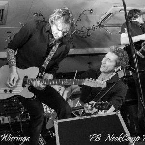 2020-02-28 Spetterend optreden in Roden door The Boys named Sue in Het Wapen van Drenthe.