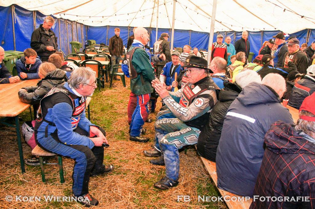 SpeedCentre Roden – Races European Veterans Long Track afgelast en Willem Dussel krijgt Koninklijke onderscheiding.